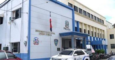 OTRO MÁS ;Se escapa preso de cuartel policial de Moca