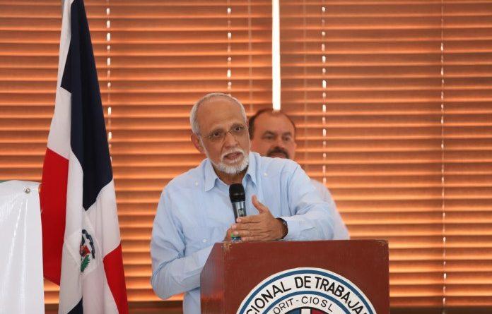 Pedro Luis Castellanos: «La Atención Primaria es la mejor respuesta a la mayoría de los problemas de salud»