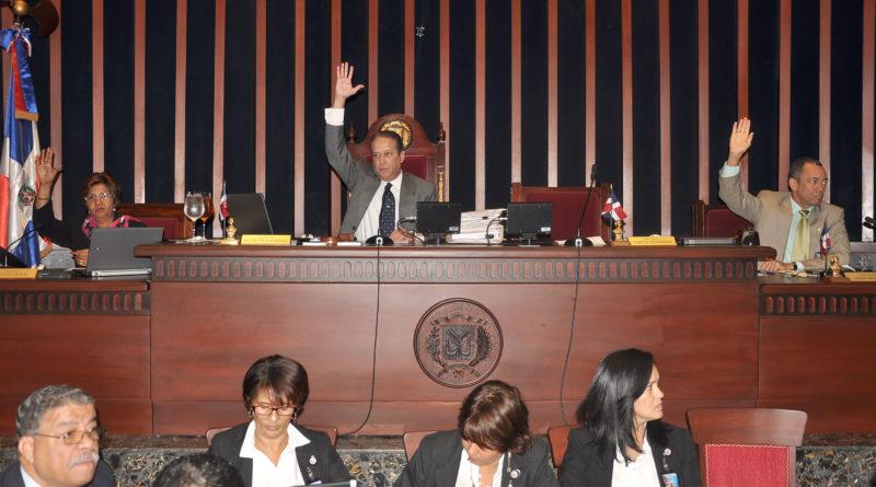 SIGUE: La tensión en el Congreso Nacional mientras la legislatura, que termina el próximo viernes, siga vigente