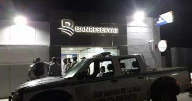 Casi 24 horas después, capturaron los autores asalto banco Sabana de la Mar