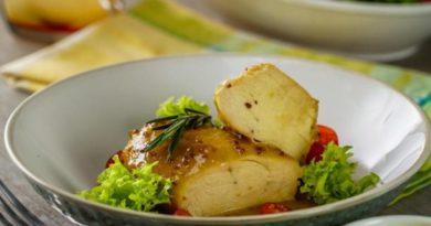 Disfruta de unas irresistibles pechugas de pollo con salsa de mostaza y miel