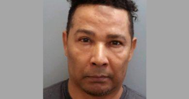 Detienen un dominicano ilegal en New Hampshire buscando licencia de conducir con nombre falso