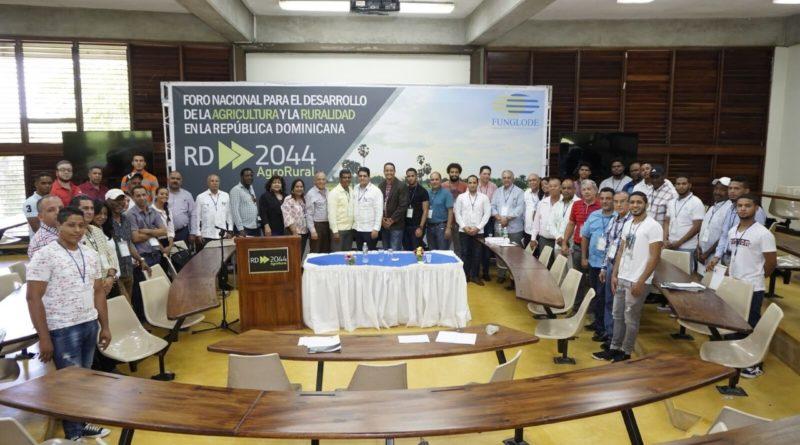 RD2044- Agrorural realiza primer foro nacional para el desarrollo de la agricultura y la ruralidad.