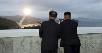 """Pionyang afirma haber probado """"una nueva arma"""" bajo la supervisión de Kim Jong-un"""