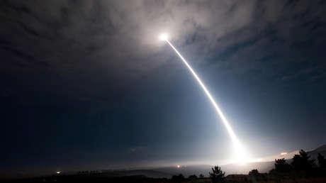 """Rusia: """"Por las ambiciones geopolíticas de EE.UU., el mundo está al borde de una carrera armamentista descontrolada"""""""