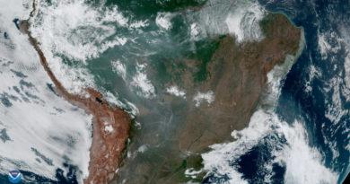 """El Gobierno de Brasil afirma que los incendios en la Amazonía """"no están fuera de control"""""""