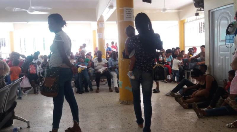 ALERTA:Hospital Robert Reid desbordado por casos febriles