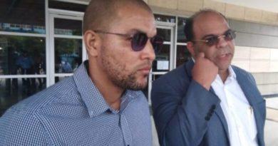 Propietario de barbería en Villa Vásquez afirma tras allanamiento se siente mal psicológicamente