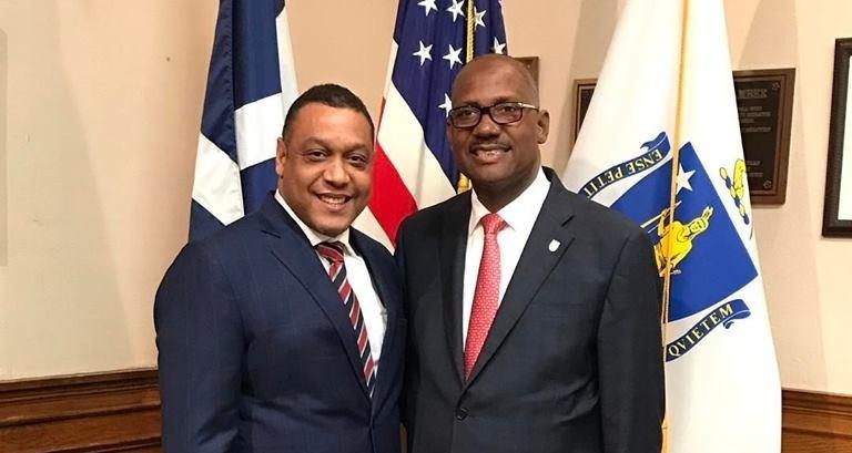 Alfredo Pichardo inaugura Oficina Política y pide 4 años más para Alfredo Martínez