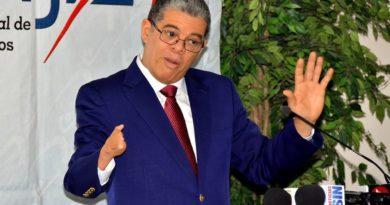 """DICE: """"Mis críticas a Leonel no son personales, son políticas"""""""