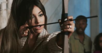 Ariana Grande se adueña de otro #1