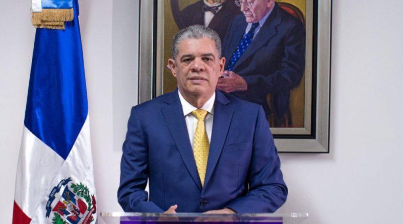 """Renuncia de Amarante explosiona crisis se veía en el """"danilismo""""; reproches salpican a su líder DM"""
