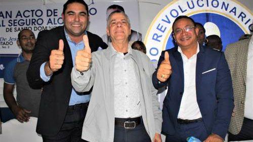 Carlos de Jesús apoya a Manuel Jiménez como aspirante a Alcalde en SDE