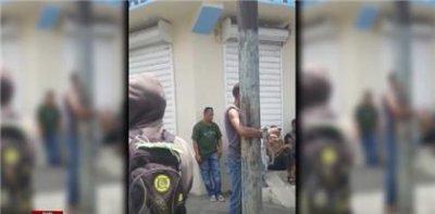 Comunidad amarra a un poste del tendido eléctrico a un presunto ladrón