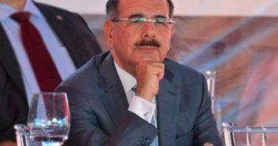 ATENCIÓN: En antesala del final de su mandato, Danilo Medina busca delfín político