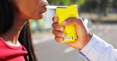 De 93 conductores sometidos a prueba de alcohol 34 dieron positivo; incluye mujeres