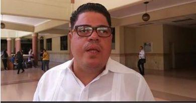 Dos médicos confundidos como narcos se querellan contra DNCD