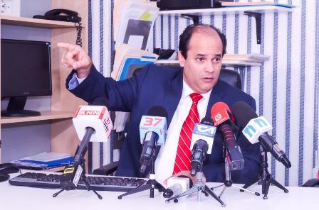 ATENCIÓN: Espaillat asegura Federico Antun golpea democracia PRSC