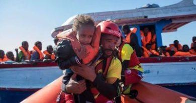 España rechaza recibir a refugiados menores de edad