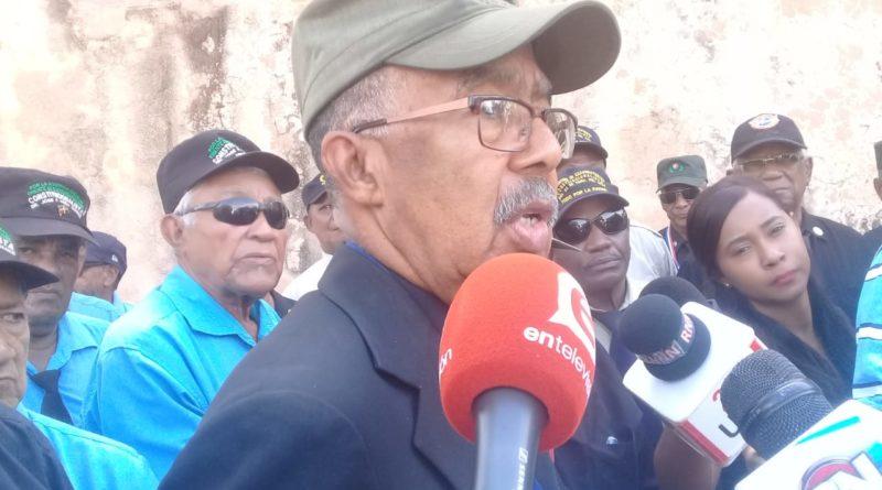 OJO: Fortunato, el constitucionalista, advierte problemas si PLD impone a Gonzalo