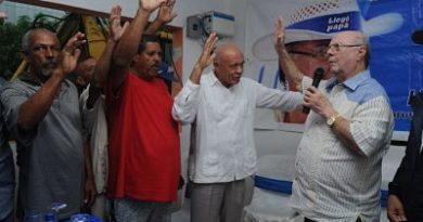 Hipólito Mejía recibe nuevo apoyo de dos aspirantes a alcaldes, un regidor de dirigentes del PRM en Sánchez Ramírez.