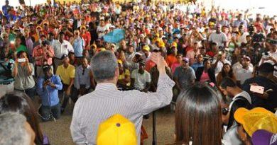 Leonel Fernández define obras de Villa Altagracia, Haina y Nigua en un próximo gobierno