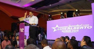 Luis Alberto Afirma Que con los Recursos del Ayuntamiento y una alianza seria Con El Gobierno se Construye la extensión de la UASD