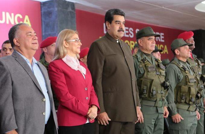 """Estados Unidos usará """"todas las herramientas"""" para acabar la """"dictadura"""" en Venezuela"""