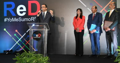 Navarro recibe apoyo de organización de la sociedad civil Red Social Dominicana