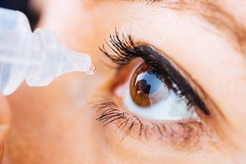 ATENCIÓN: Oximetazolina oftálmica: qué es y cuales son sus efectos