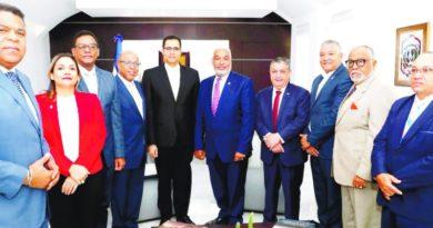 ATENCIÓN: Ministro Economía dice sin tiempo de Pacto Fiscal