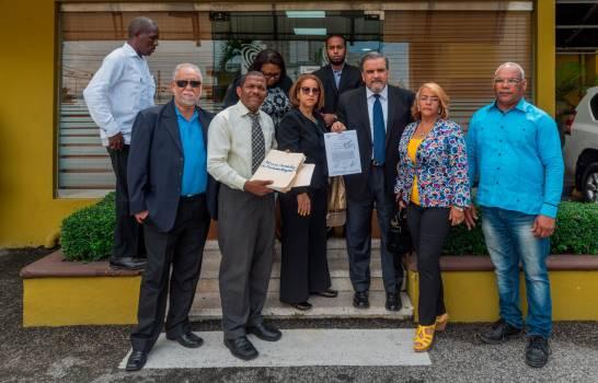 PARTIDO: PQDC deposita padrón de afiliados ante la JCE