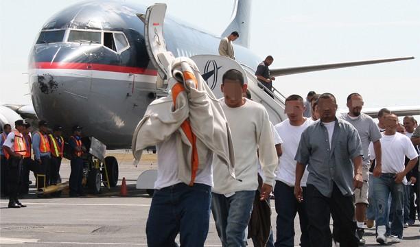 ATENCIÓN: Hoy llegan 96 exconvictos repatriados por Estados Unidos