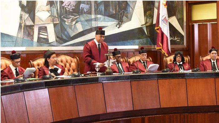 TC se reserva fallo recursos inconstitucionalidad sometió diputado Alfredo Rodríguez
