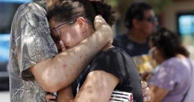 El gobernador de Texas confirma 20 muertos y 24 heridos en tiroteo en El Paso