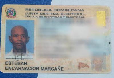 TRAGEDIA :Haitiano rompe puerta, penetra a vivienda, atraca hombre y le da varios machetazos