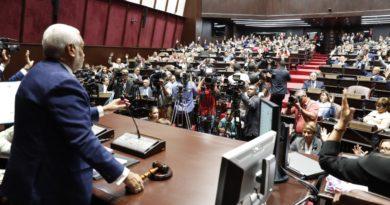 Afirmó que en los últimos 12 meses se aprobaron 855 iniciativas legislativas