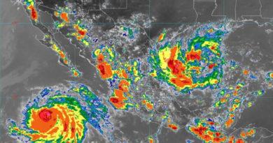 ATENCIÓN: La tormenta tropical Fernando toca tierra en México