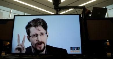 Snowden relata cómo estuvo a punto de ser descubierto mientras robaba secretos de la inteligencia de EE.UU.