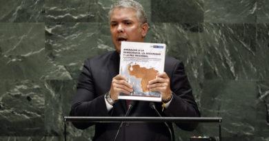 """""""El rey de los falsos positivos en la ONU"""": Maduro propone hacer un documental de Duque par"""