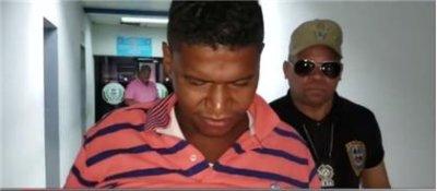 Apresan hombre acusado de darle un tiro a otro en La Peña