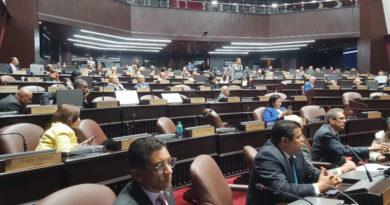 OJO: Legisladores opinan sobre renuncia de Pared Pérez y Baret