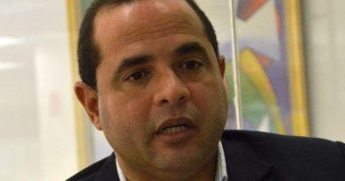 Manuel Crespo advierte sobre uso voto automatizado