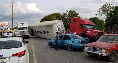Dos patanas colisionan en municipio Esperanza