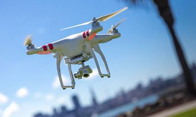 Drones protagonizan protesta ambientalista