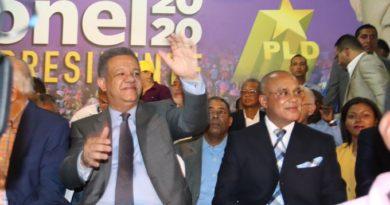 Leonel recibe apoyo de integrantes de la Secretaría de Energía y Minas del PLD; vaticina otros se sumarán