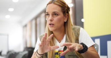 """Lilian Tintori aseguró que los militares alrededor de Maduro """"quieren democracia y libertad"""""""