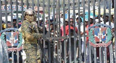 Ejército dominicano mantiene reforzada frontera ante aumento de disturbios en Haití