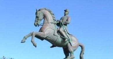 Hoy se cumplen 180 años del natalicio general Luperón