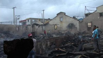 Incendio redujo a cenizas varias empresas en el sector de Bella Vista